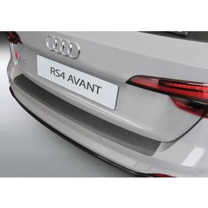 Plastična zaštita branika za Audi RS4 AVANT